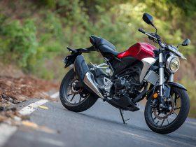 Honda получила патент на дрон, встроенный в мотоцикл
