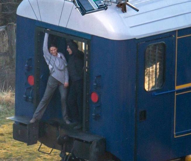 Том Круз и Хейли Этвелл в истерике на съемках M: I7 | Том Круз, Хейли Этвелл, Миссия: невыполнима 7