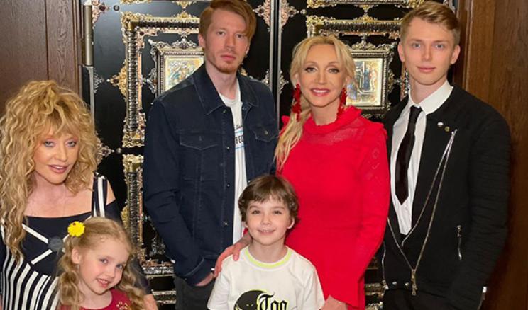 Никита Пресняков рассказал о родстве с детьми Аллы Пугачевой и Максима Галкина