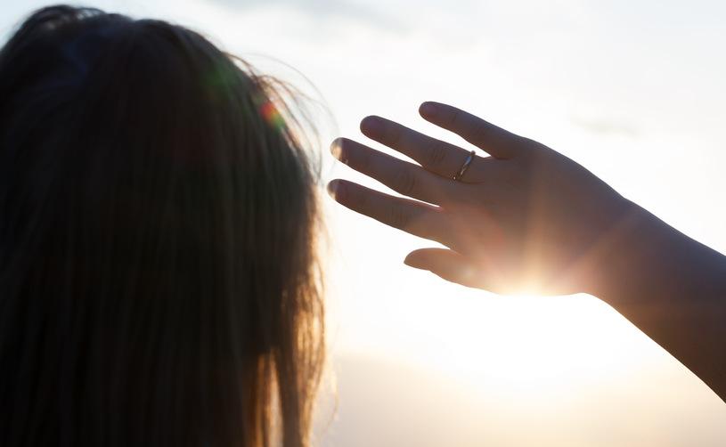 Почему люди чихают глядя на солнце