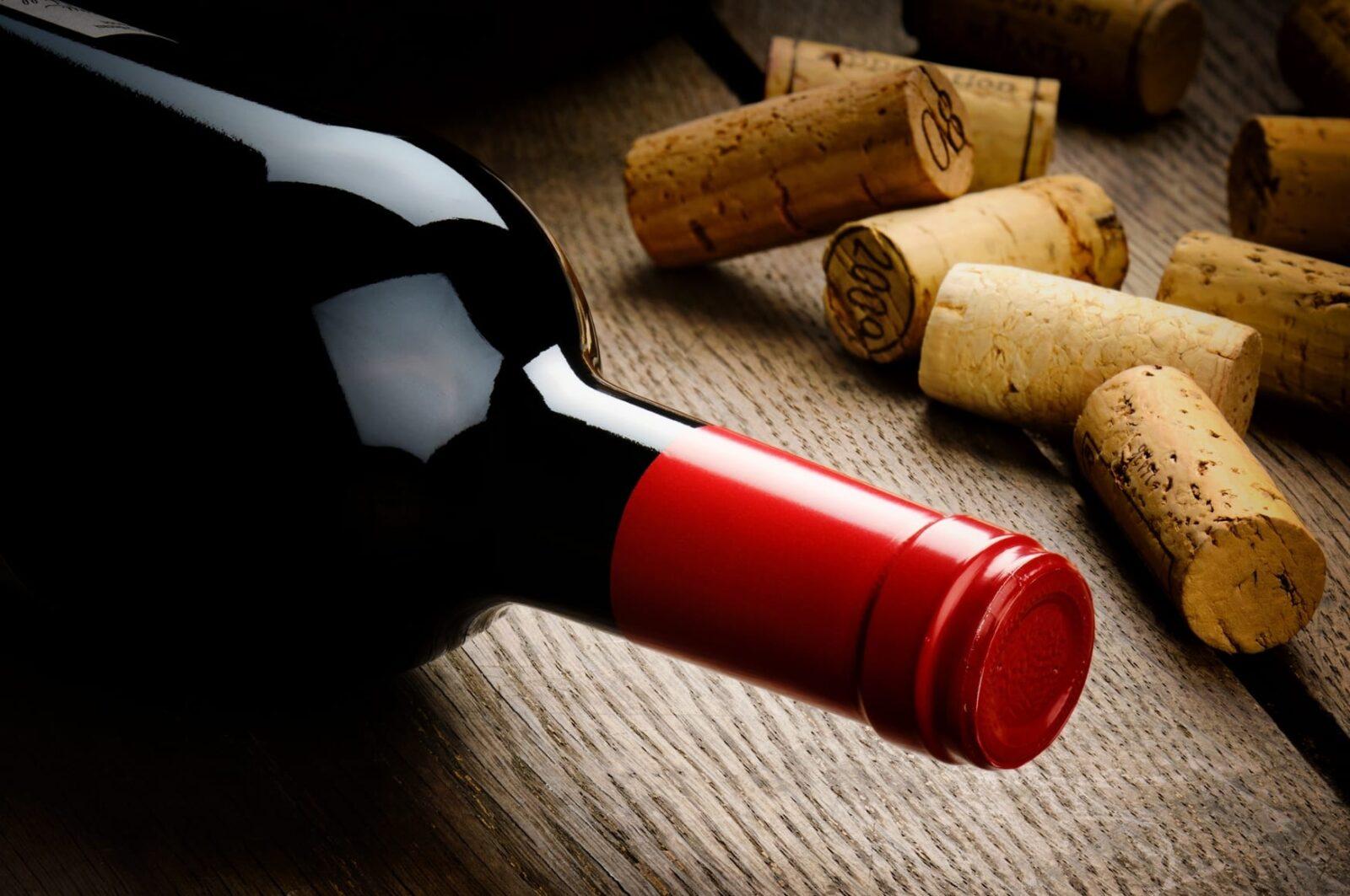 Как открыть вино без штопора? Несколько проверенных и испытанных методов