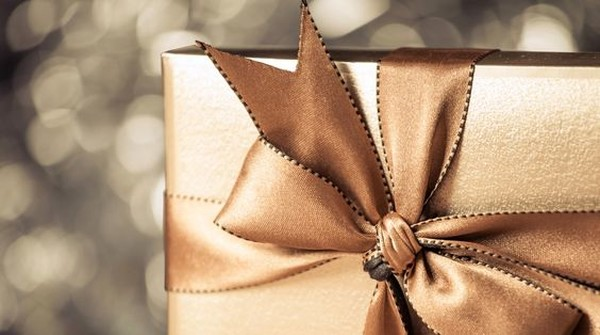 Что подарить начальнику. Список из 50 идей бизнес-подарков