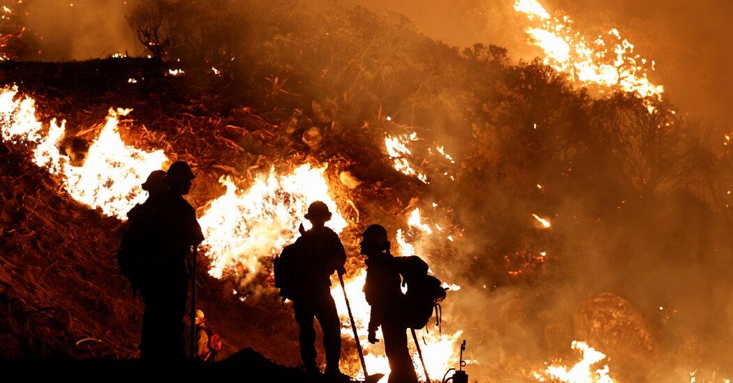 Огонь Калдора сжег более 100 000 акров. Пожар в Калифорнии.