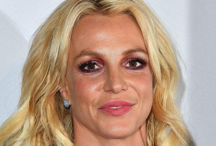 Бритни Спирс удаляет Instagram, чтобы послать «мощное сообщение