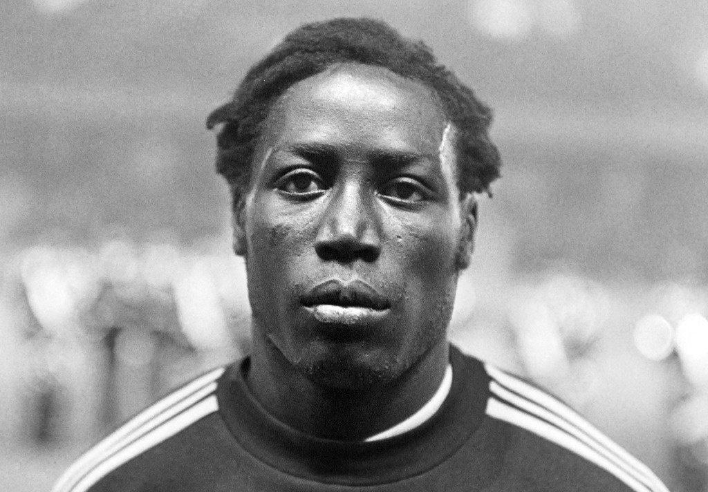 Умер французский футболист Жан-Пьер Адамс после 39 лет пребывания в коме