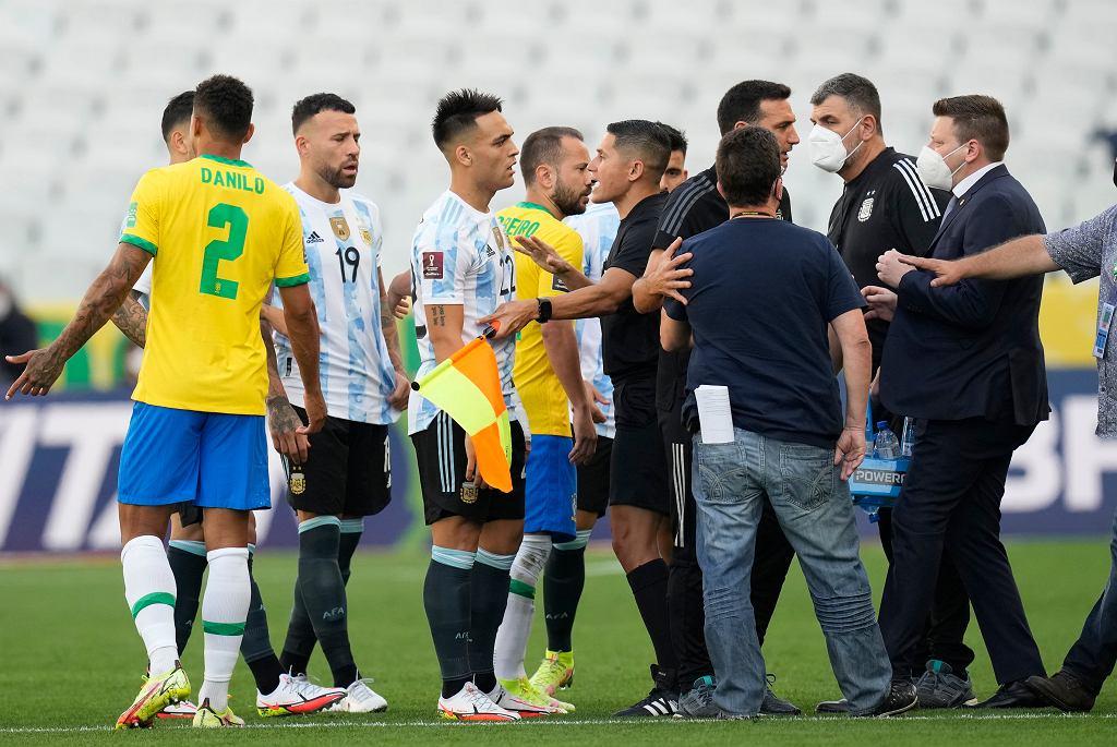 Тревога в сборной Аргентины после скандала на эл. кубке мира! Правы ли были бразильцы?